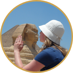 Courtney Kissing Egypt